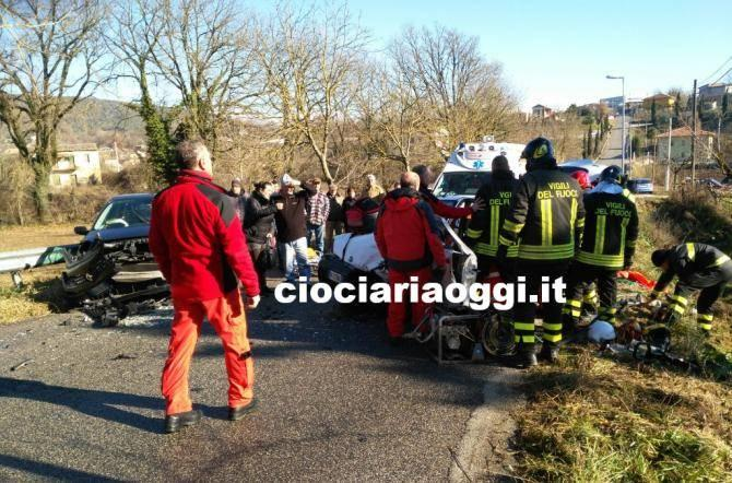 Brutto incidente a causa del ghiaccio. Grave una donna