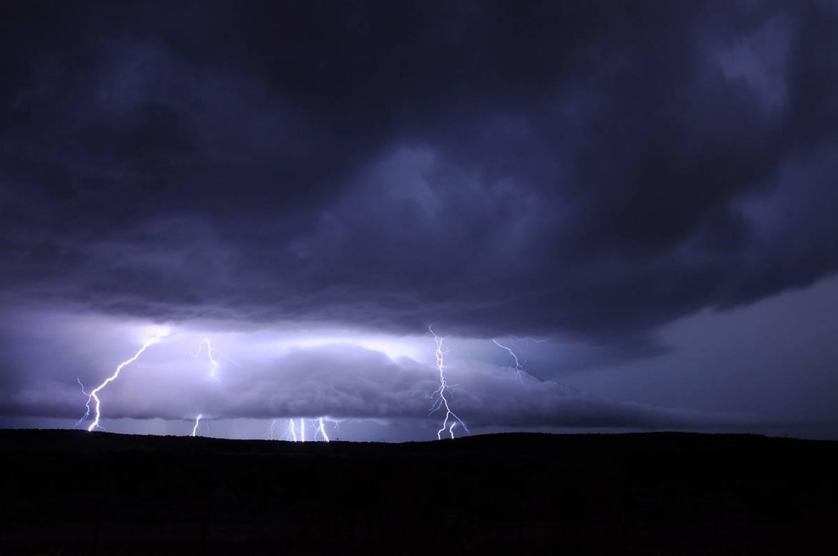 Allerta meteo, nel fine settimana arrivano i temporali. Ecco dove ...