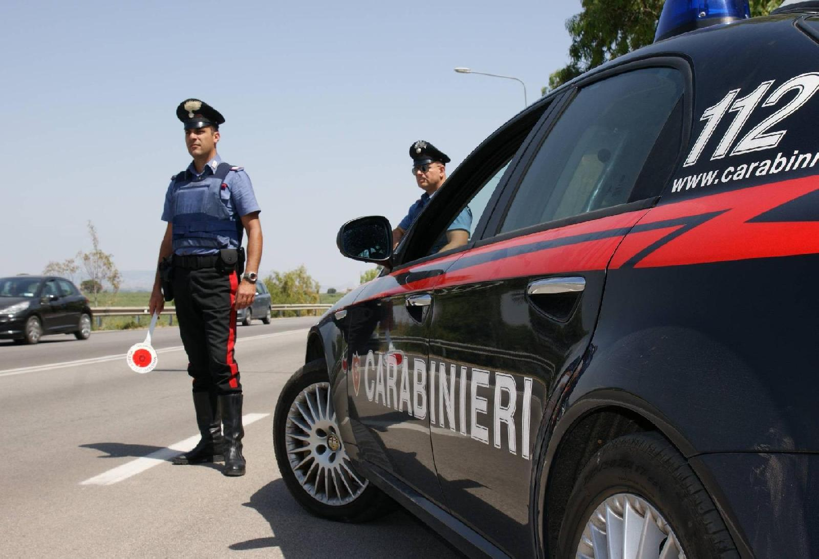 Camorra, mafia e stalking: bloccati due pericolosi criminali