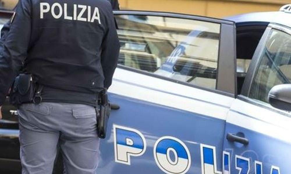 Risultati immagini per ladro arrestato in diretta
