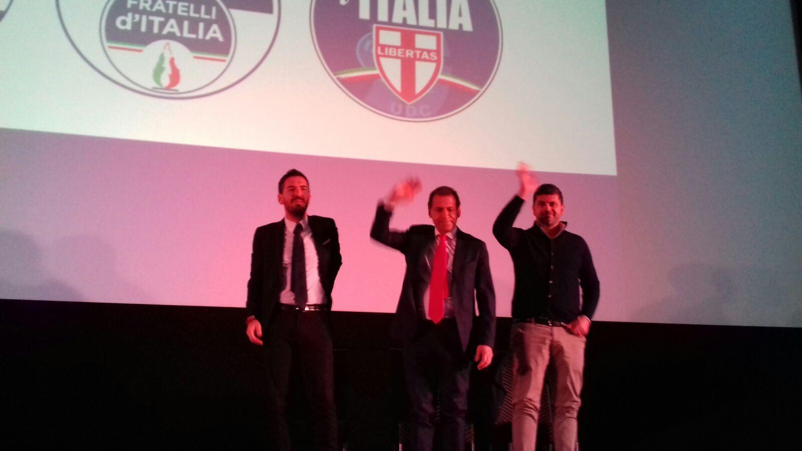 Giorgia Meloni a piazzale Loreto insieme a Mussolini e Petacci: è polemica