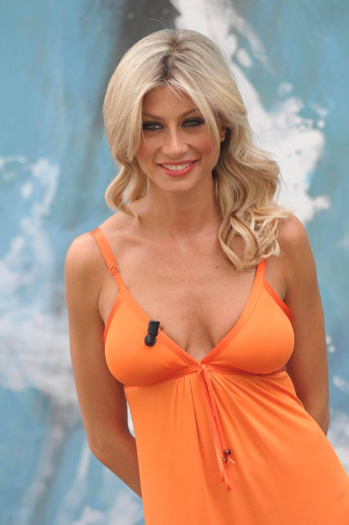 Maddalena Corvaglia Nude Photos 100