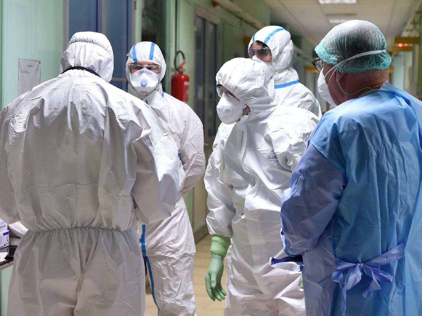 Coronavirus, bollettino Italia 22 marzo: contagi in calo