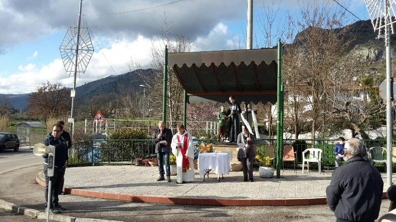 Via Crucis Largo a don Bosco